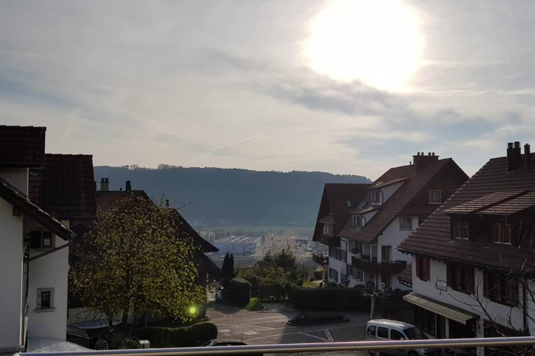 Object Slide Image - Traumhafter Sonnenuntergang über Wettswil - 3.5 Zimmer + Balkon