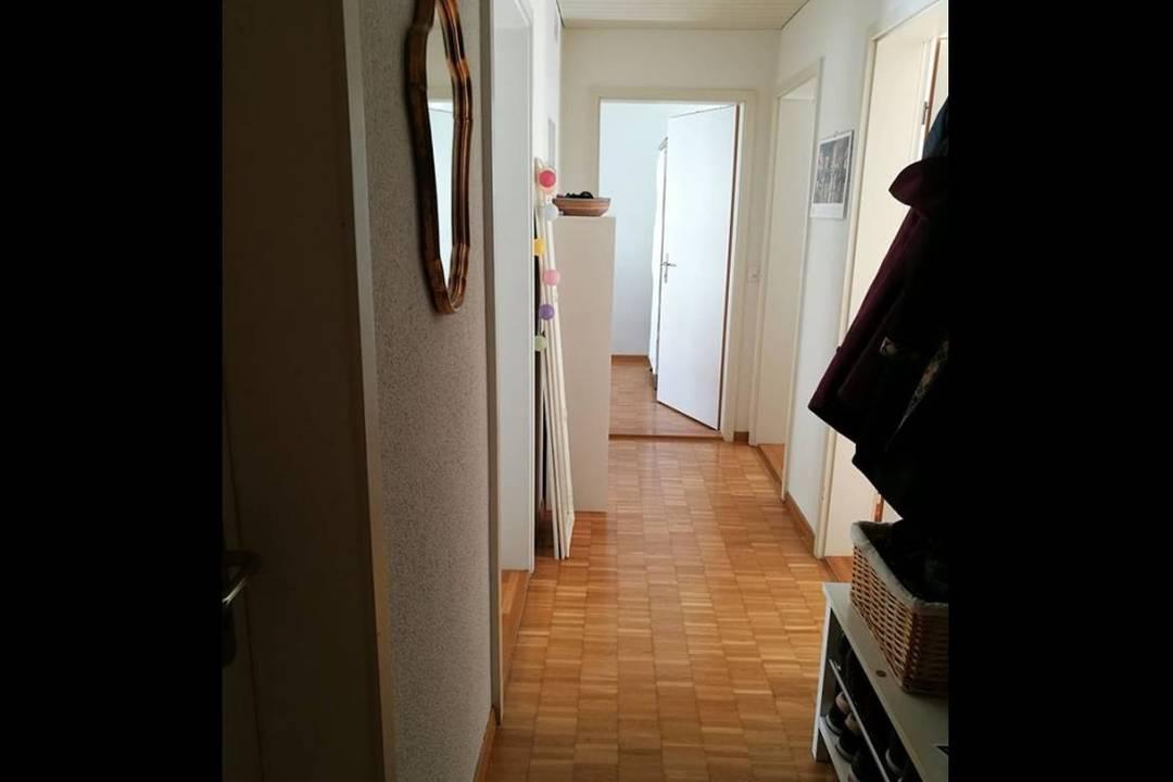 Objekt-Slide-Bild - Privates möbliertes Zimmer
